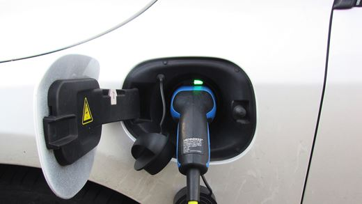 Things you need to know when leasing an Electric Vehicle (EV)